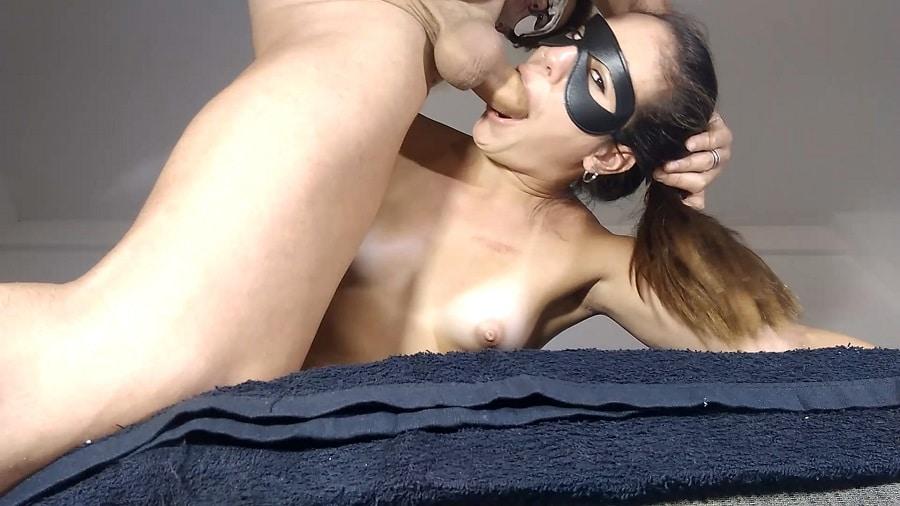 pril_bigass deep throat anal