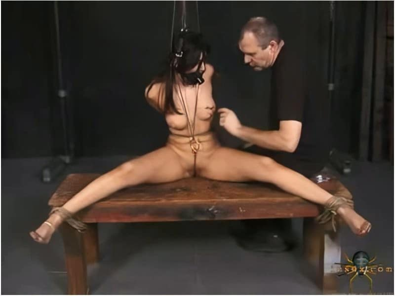 Mila - Insex retro BDSM in 720p quailty